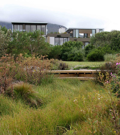 The completed Wetland Seat, Photo David Ross