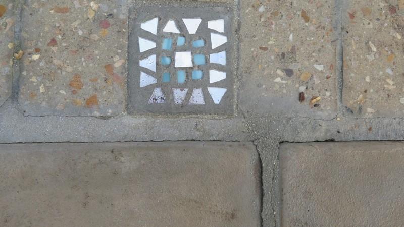 Stiletto detail in paving