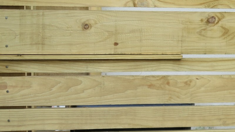 Custom pine screen
