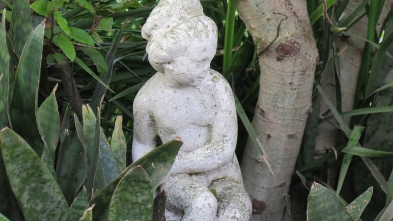 Garden scupture