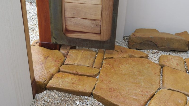 Entrance Stonework (5)