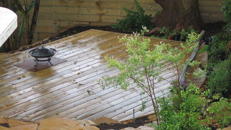 Garden Pine deck