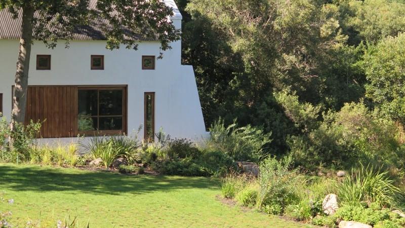 Kirstenbosch style beds